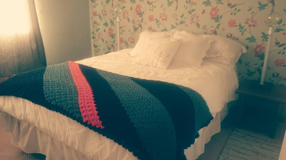crocheted_diagonal_blankie